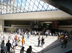 Entering Louvre